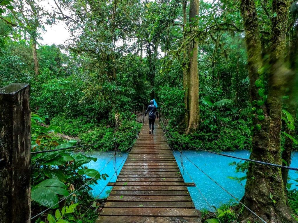 I'm Jess Traveling hiking Rio Celeste Costa Rica