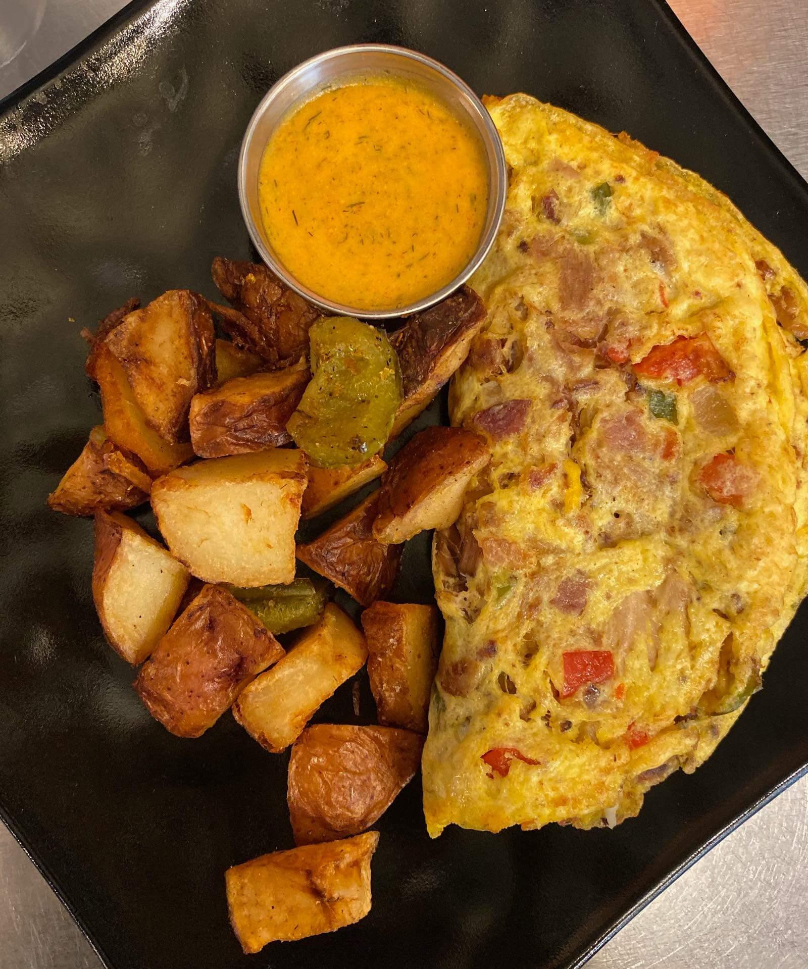 Down the Hatch Breakfast, the best breakfast in Lahaina